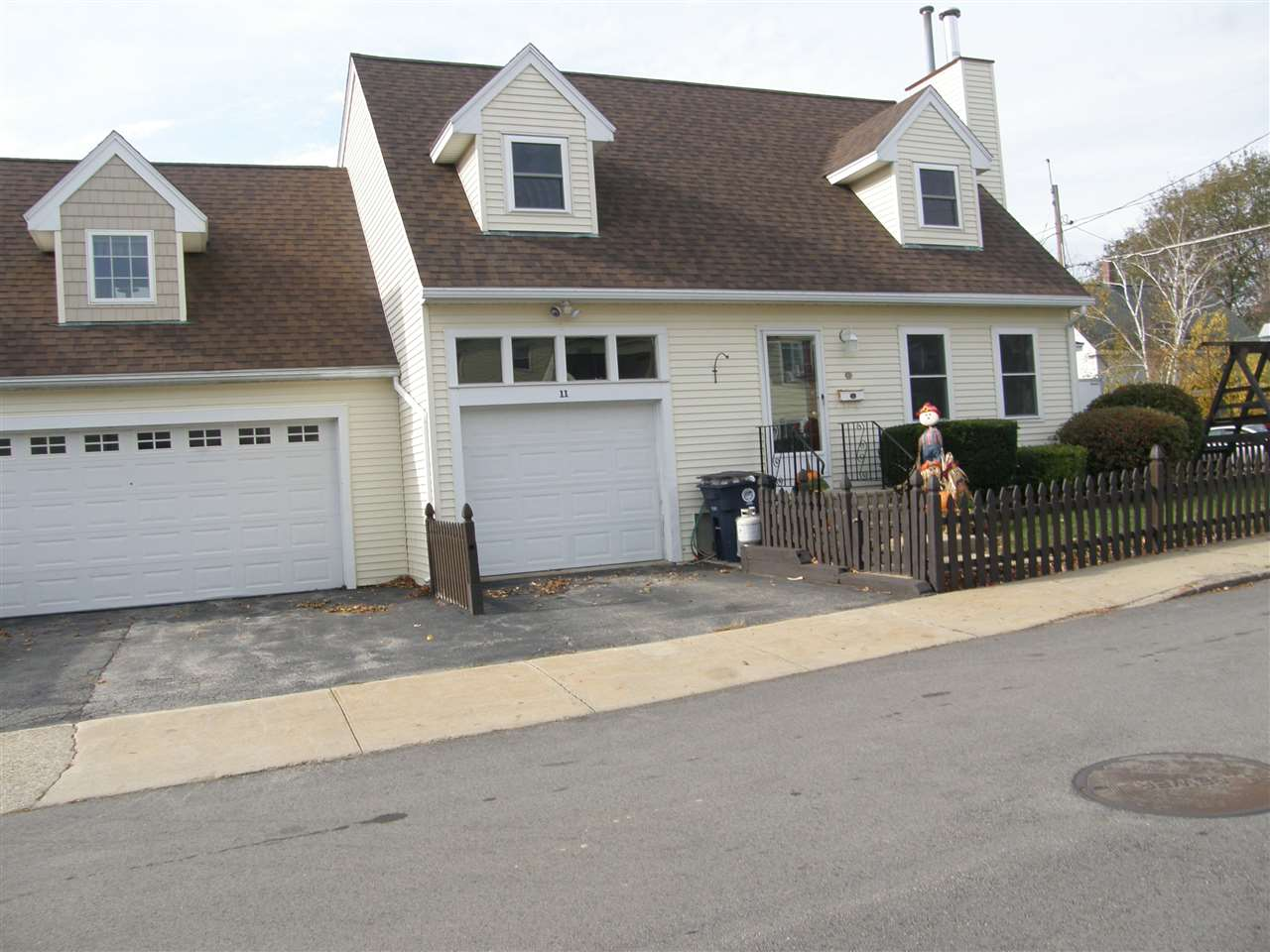 Nashua NH Condo for sale $List Price is $249,900