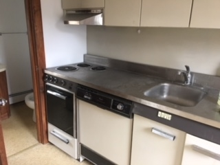 POMFRET VT Apartment for rent $Apartment For Lease: $550 with Lease Term