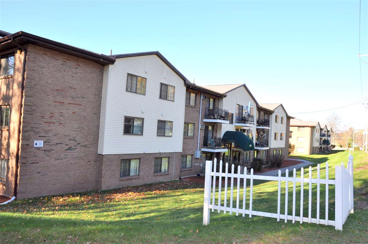 Hooksett NH Condo for sale $List Price is $84,900