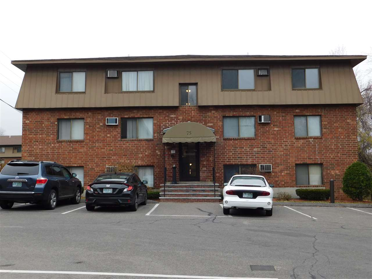 Manchester NH Condo for sale $List Price is $84,900