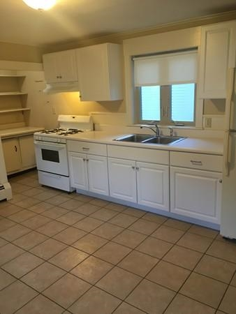 SALEM NH Condo for rent $Condo For Lease: $1,595 with Lease Term