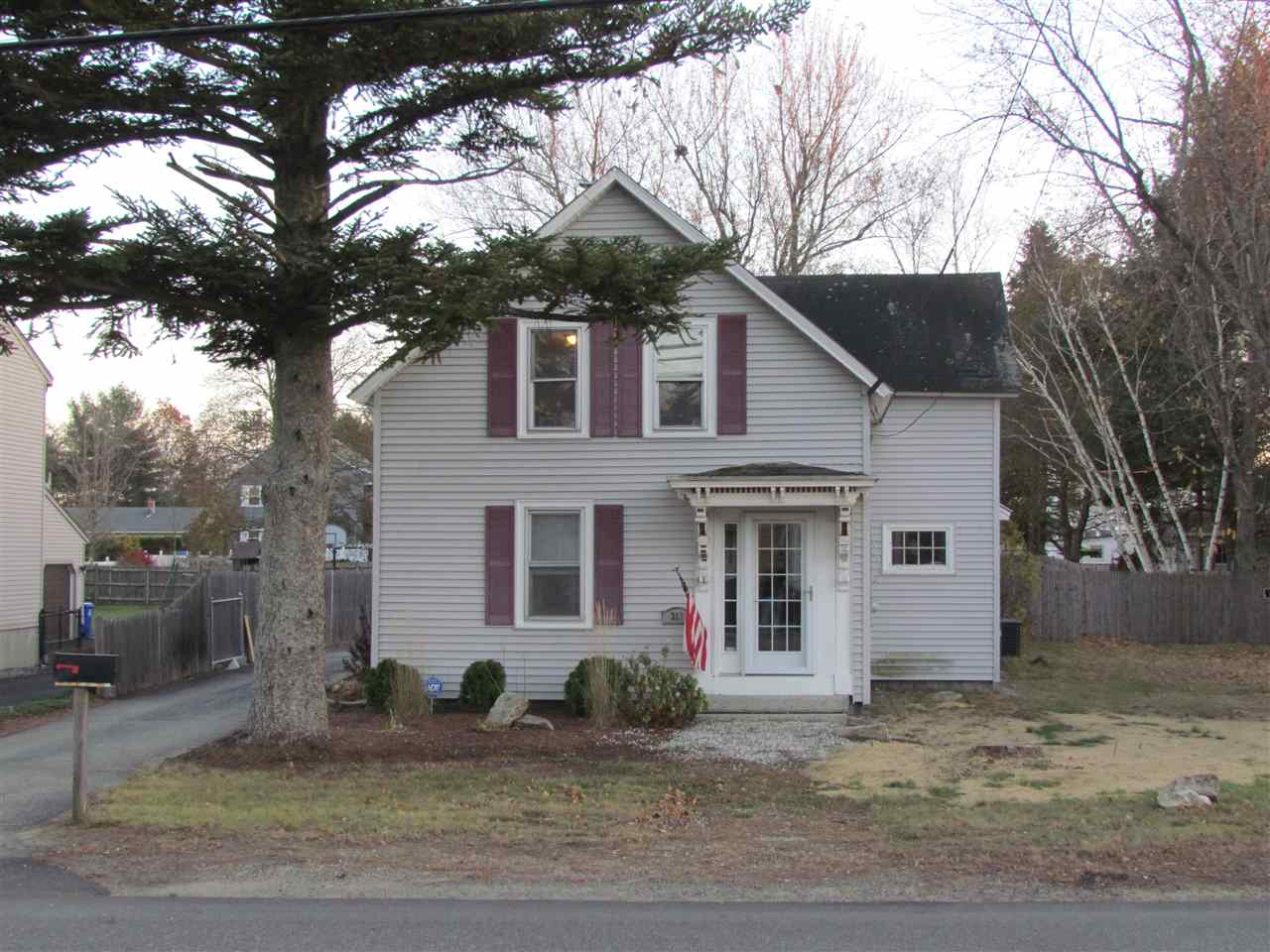 MANCHESTER NHHome for sale $$220,000   $118 per sq.ft.