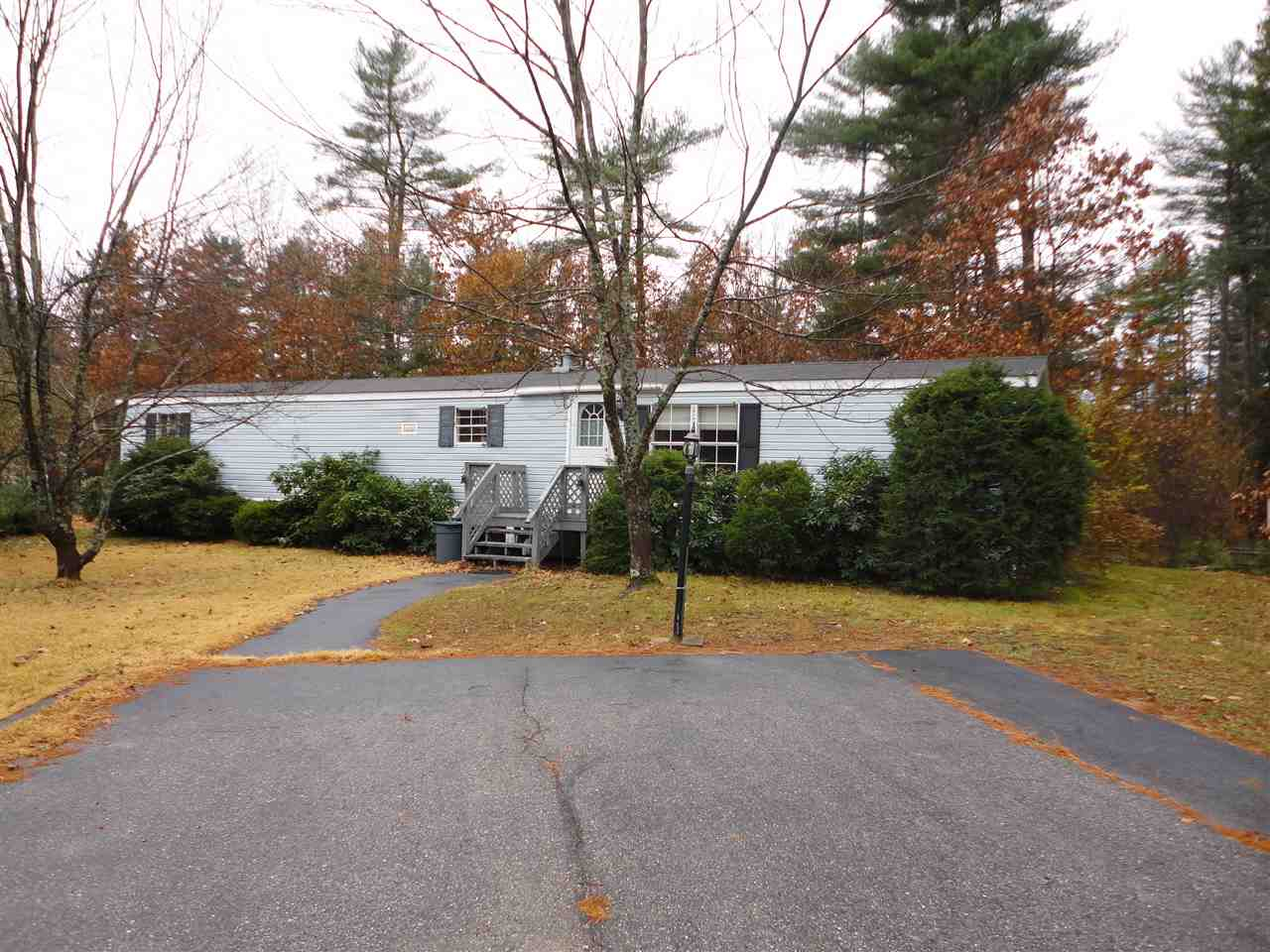 Nashua NH Mobile-Manufacured Home for sale $List Price is $69,900