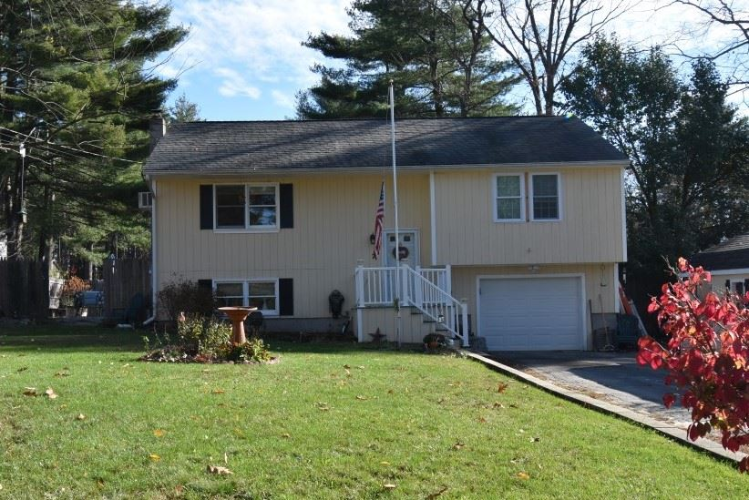 Allenstown NHHome for sale $List Price is $220,000