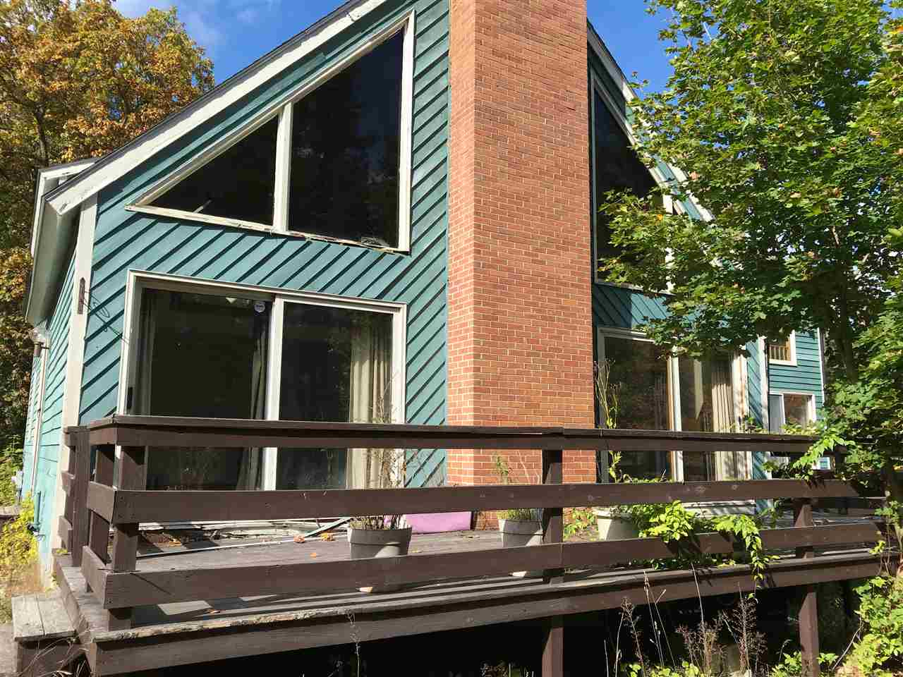 Londonderry NHHome for sale $List Price is $300,000