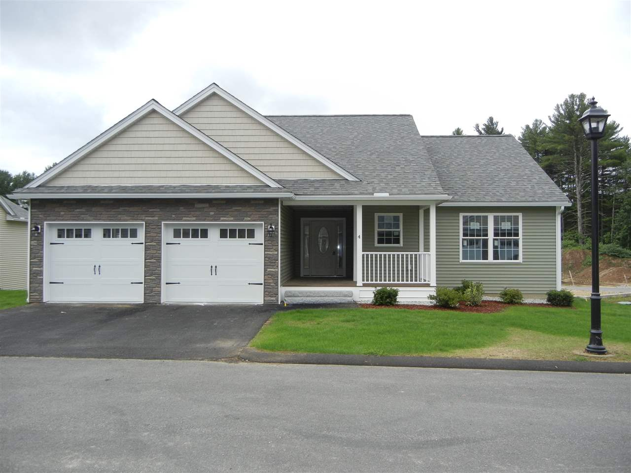 image of Amherst NH Condo | sq.ft. 2920