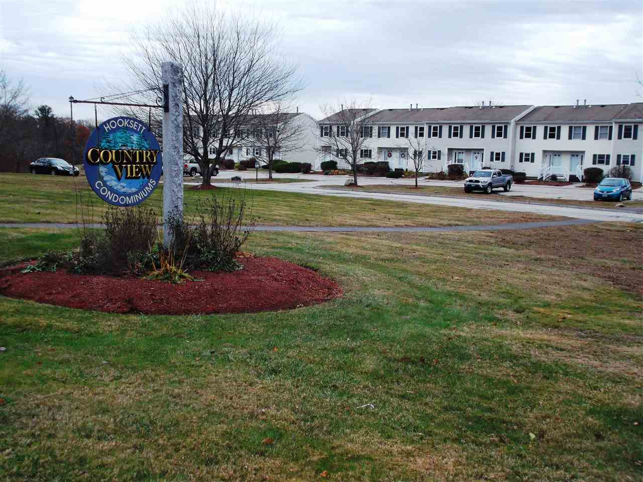 Hooksett NH Condo for sale $List Price is $174,900
