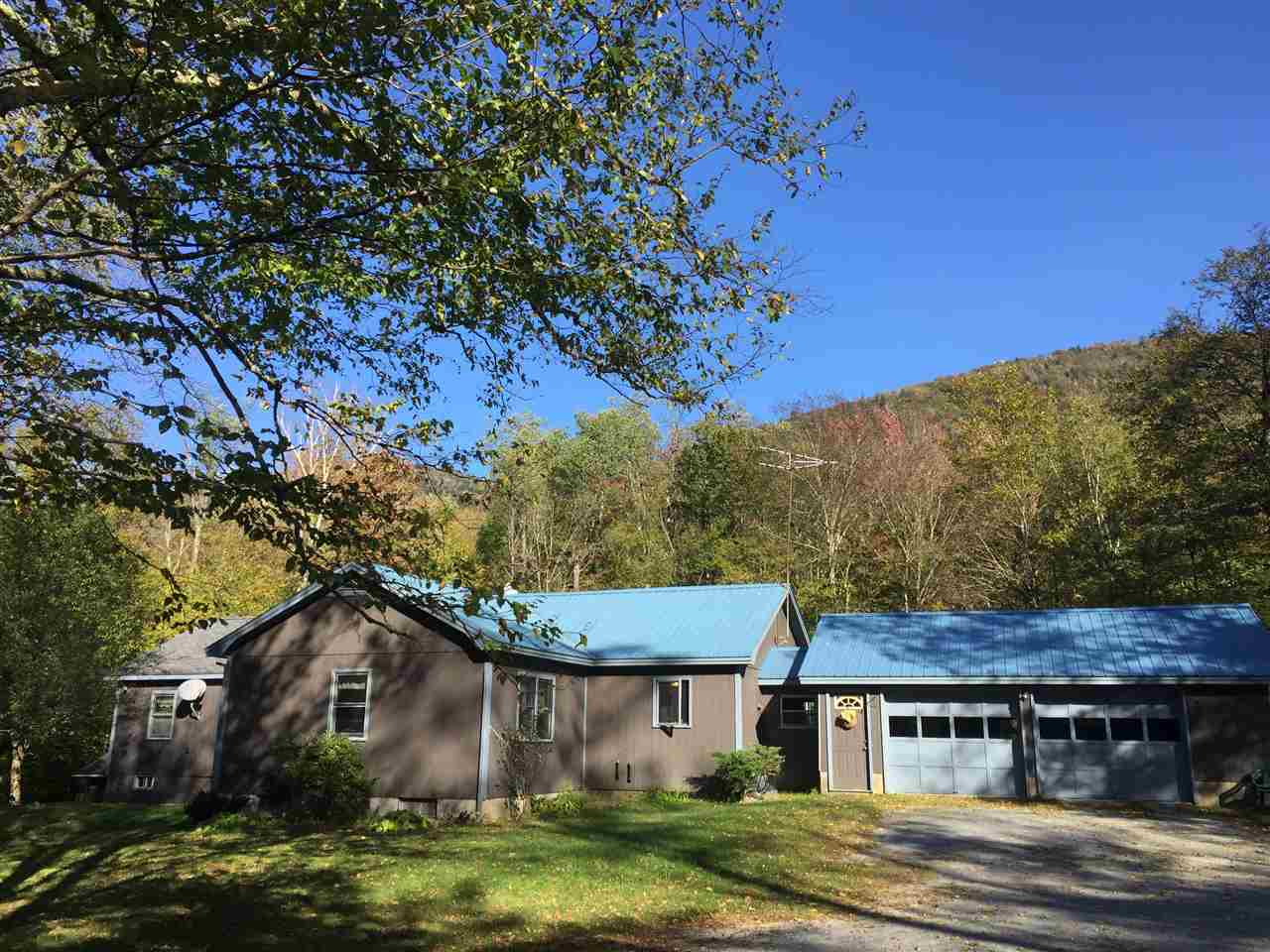 STARKSBORO VTLake House for sale $$239,900 | $112 per sq.ft.