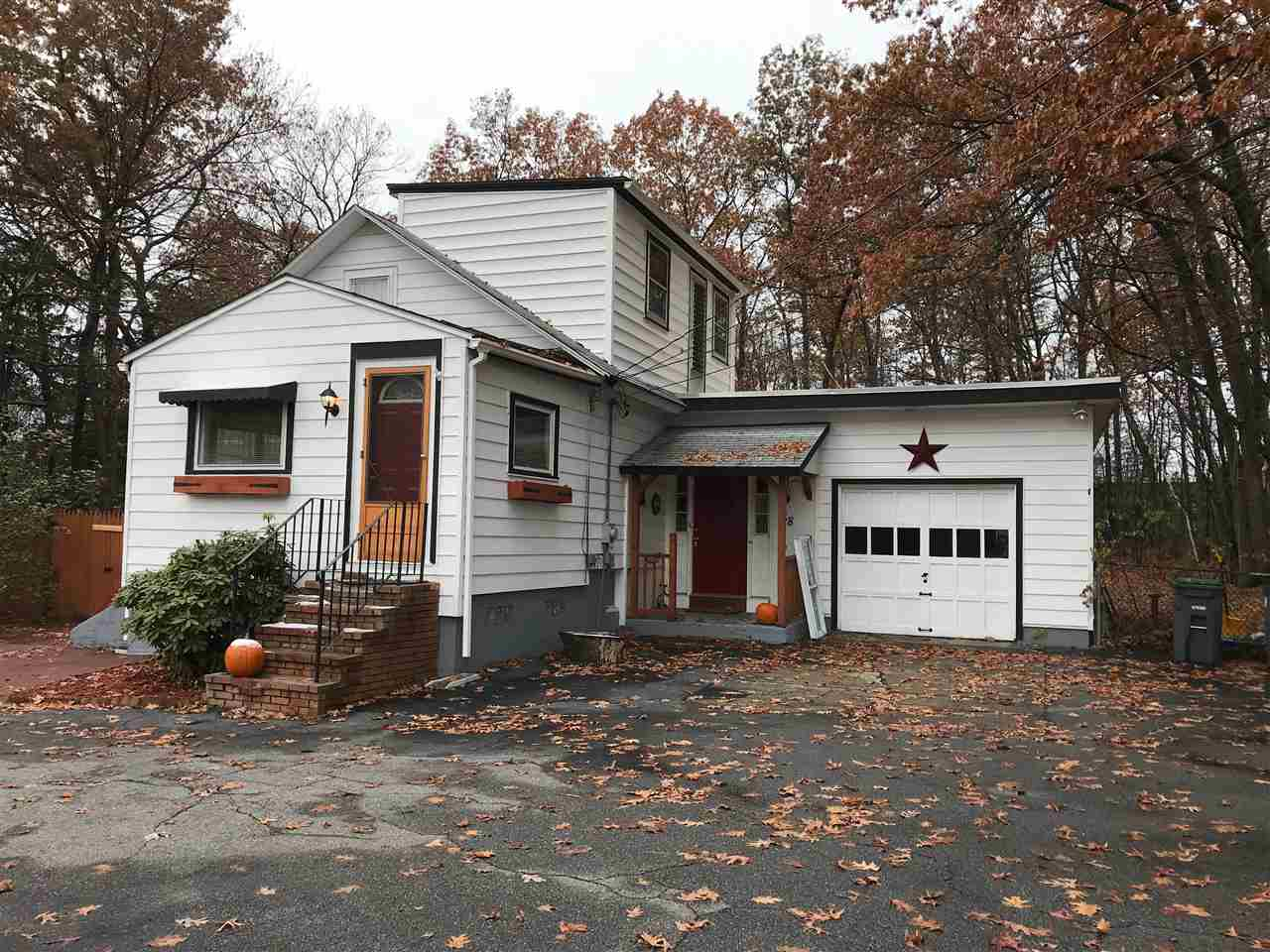 Hooksett NH Home for sale $List Price is $209,900