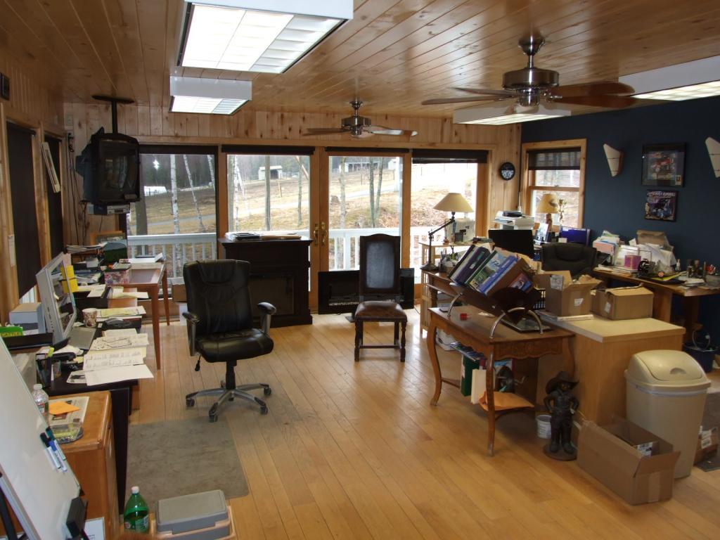 Farm office 11232371