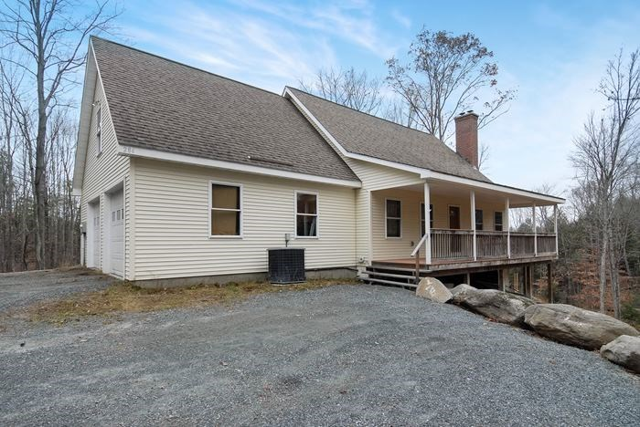NEWPORT NH Lake House for sale $$269,900 | $143 per sq.ft.