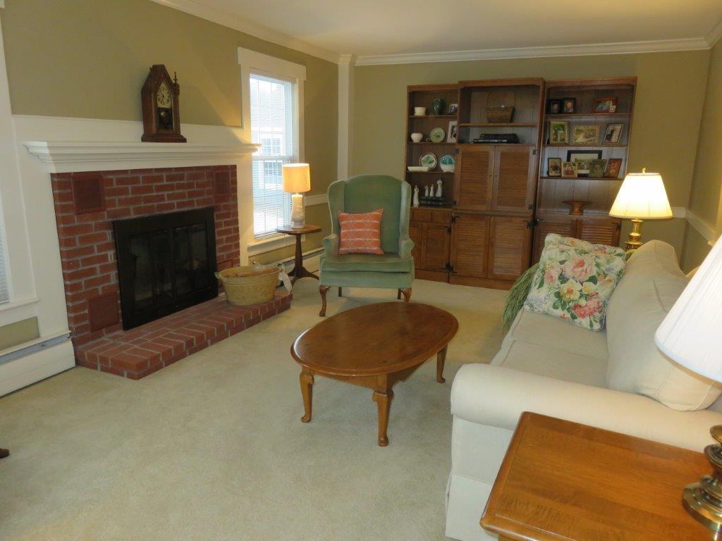 Living Room 11225153
