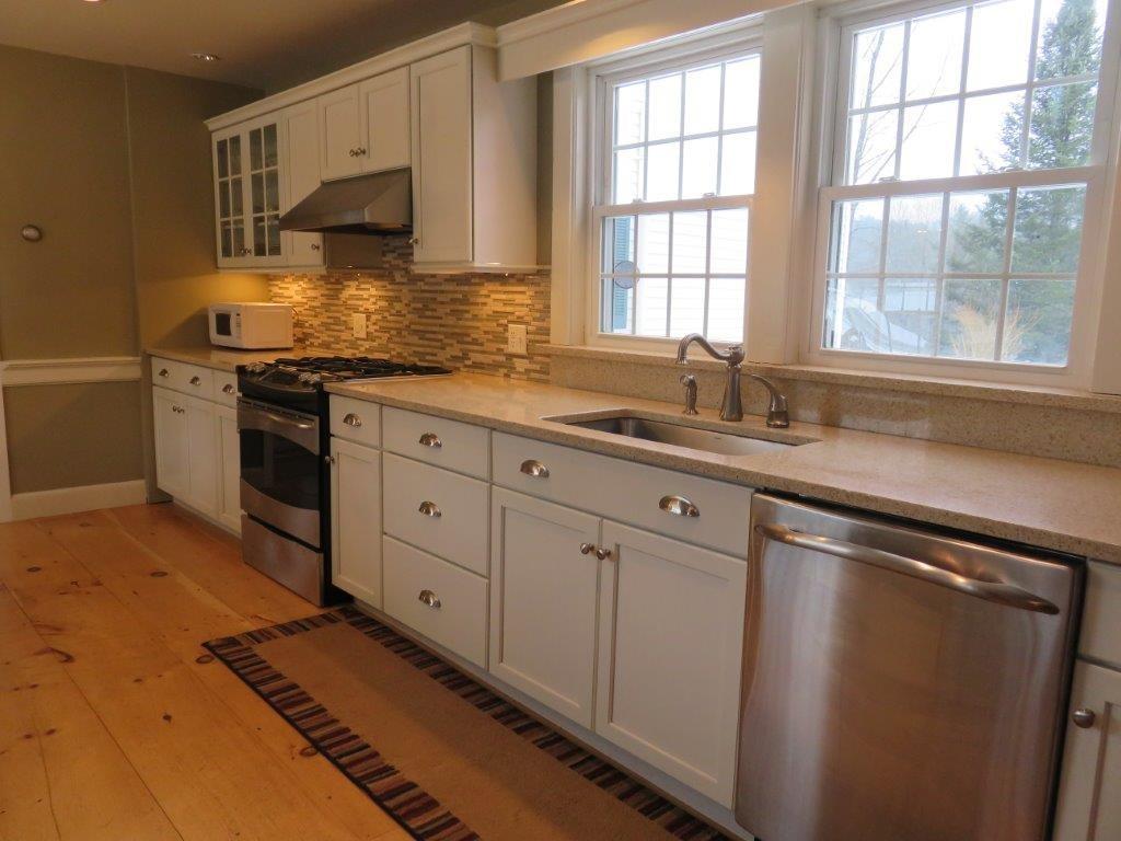 Beautiful New Kitchen 11225142