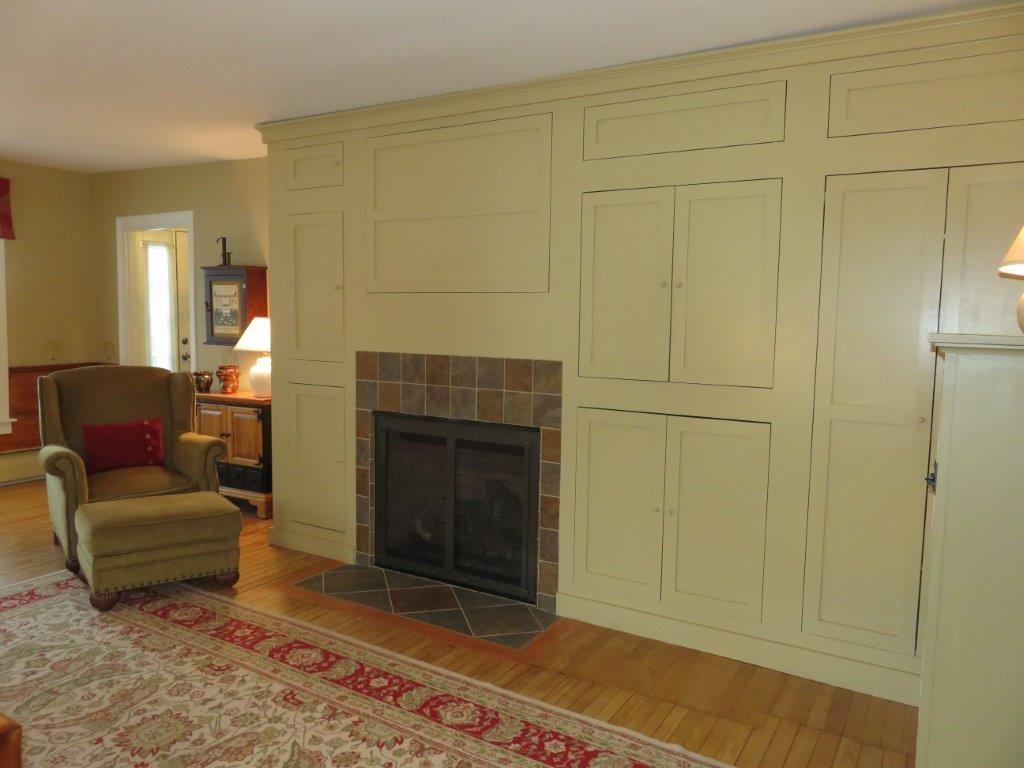 Beautiful Wood Floors 11225148