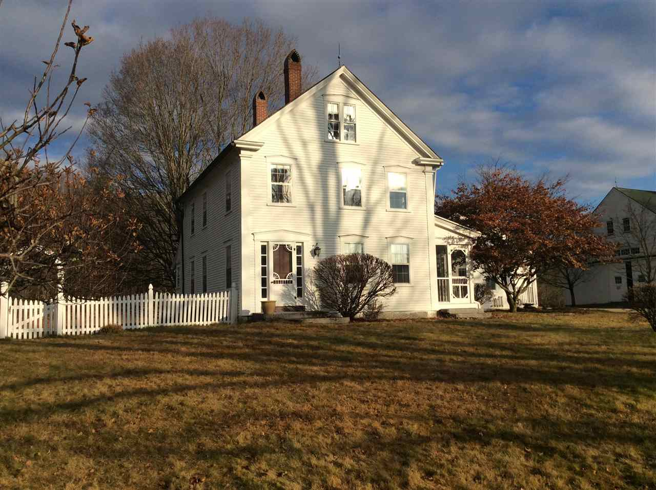Lee NHHorse Farm | Property
