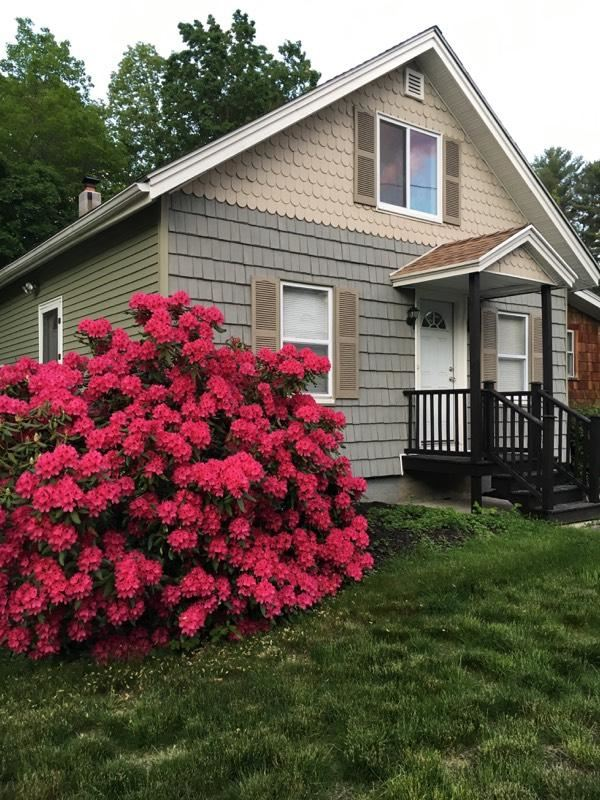 Windham NHHome for sale $List Price is $199,900