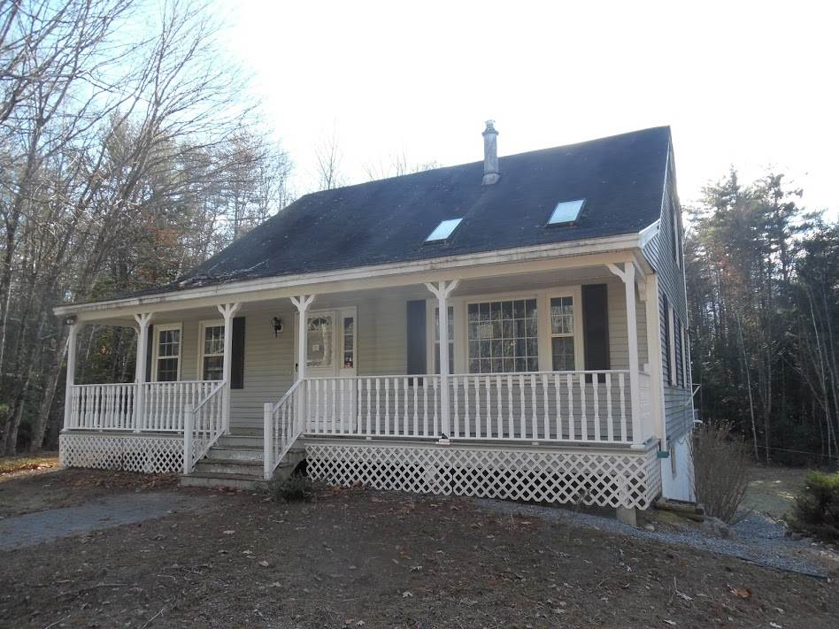 Goffstown NHHome for sale $List Price is $229,900