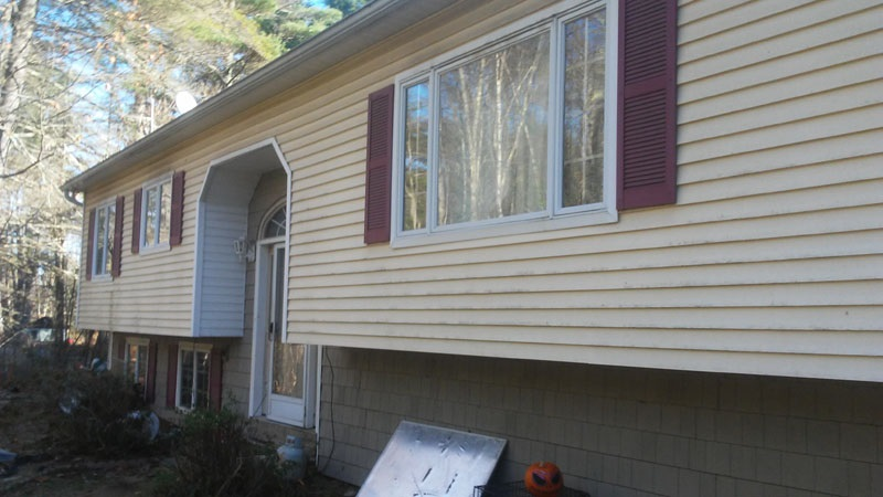 Chichester NH Home for sale $List Price is $210,000