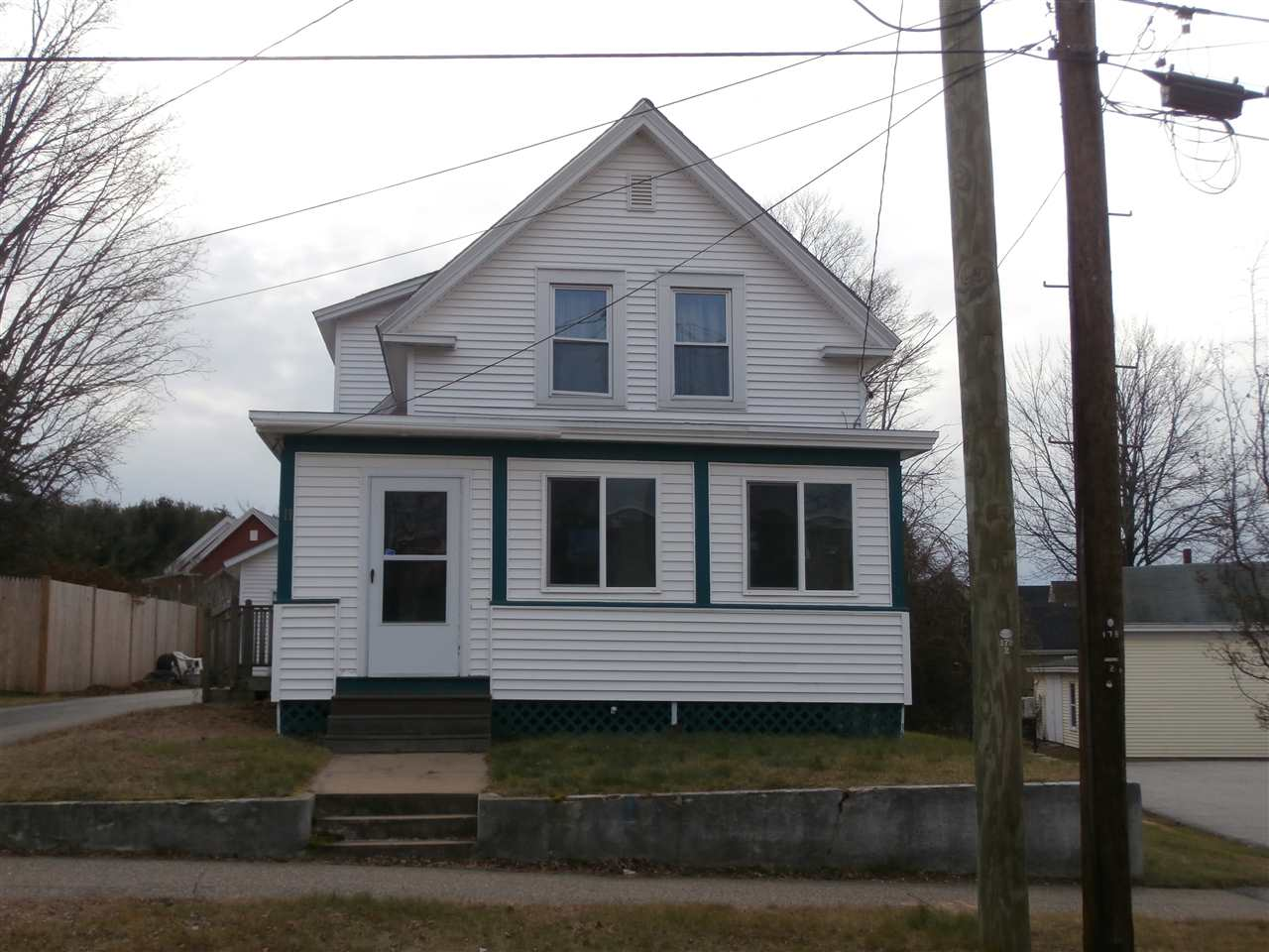 Laconia NH Home for sale $$119,000 $72 per sq.ft.