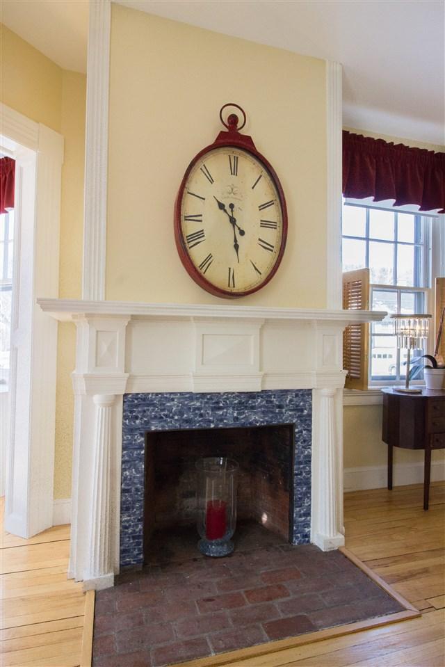 Original Fireplace Details 11258725
