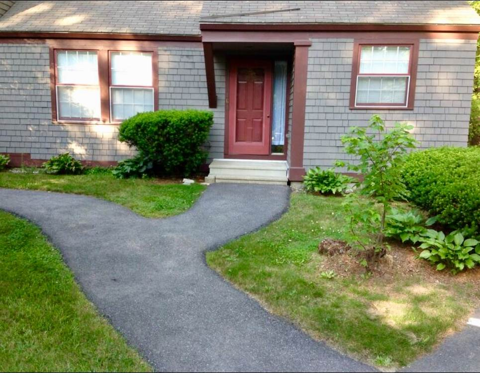 Hooksett NH Condo for sale $List Price is $199,800