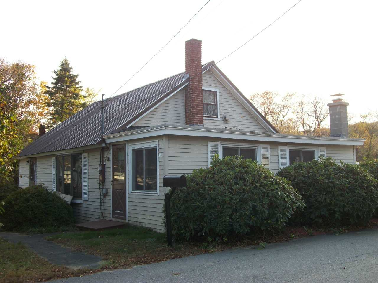NEWPORT NH Home for sale $$110,000 | $61 per sq.ft.