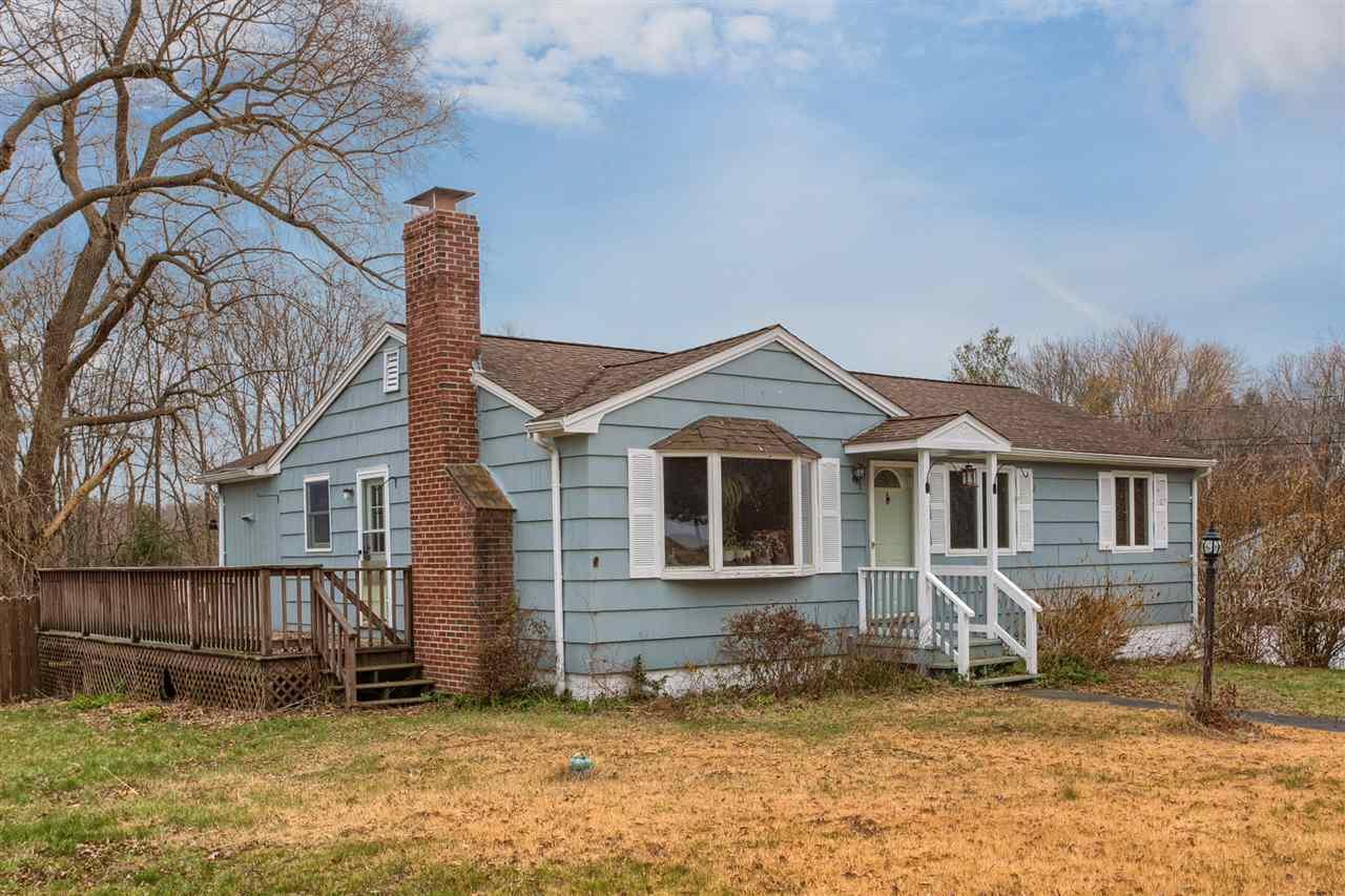 Pelham NHHome for sale $List Price is $290,000