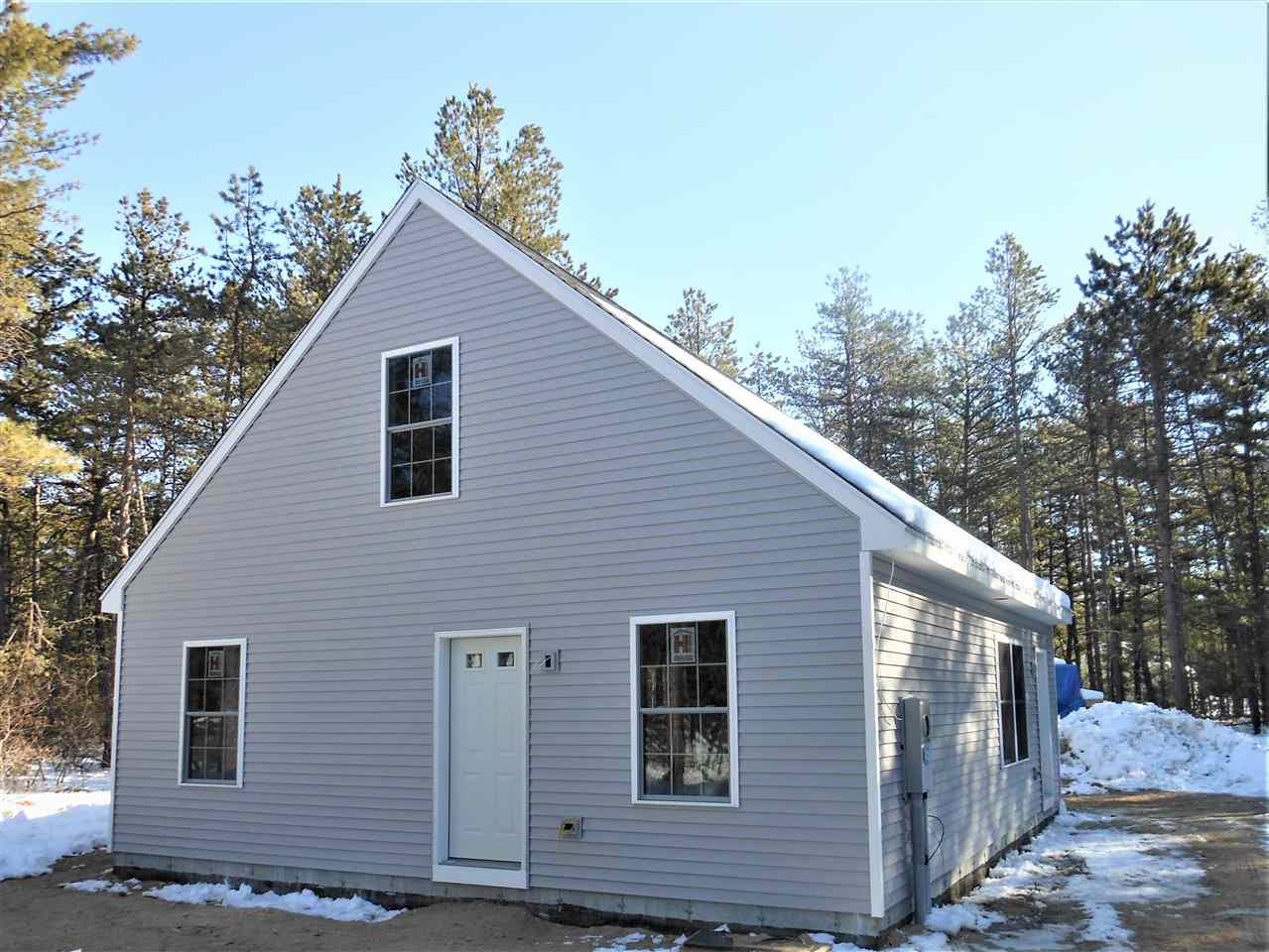TAMWORTH NH Home for sale $$179,900 | $136 per sq.ft.