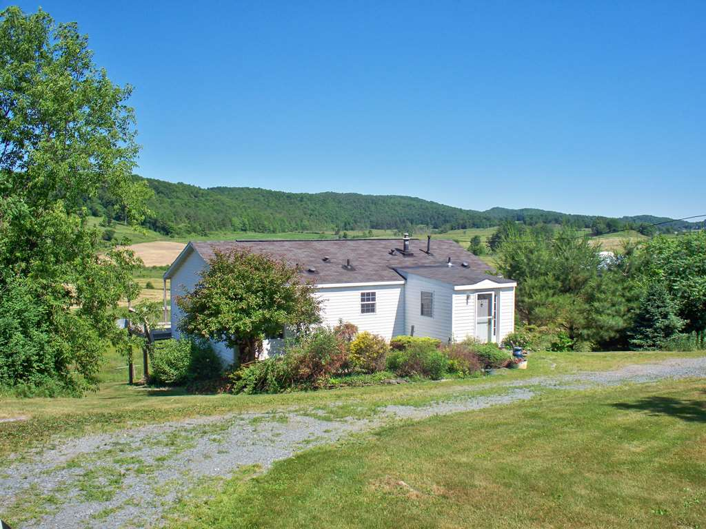 BENSON VT Home for sale $$175,500 | $147 per sq.ft.