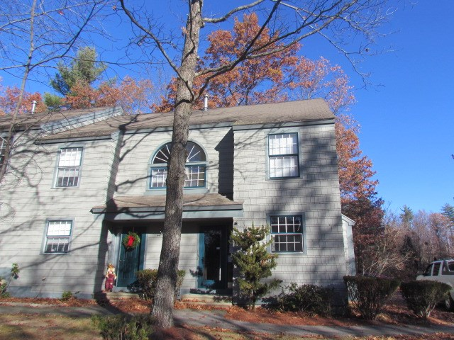 Hooksett NH Condo for sale $List Price is $170,000