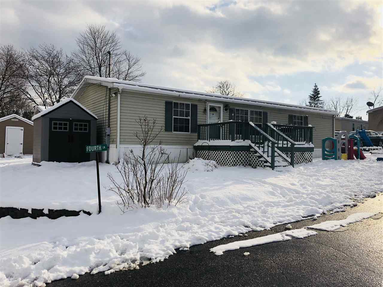 Derry NHMobile-Manufacured Home for sale $List Price is $75,000
