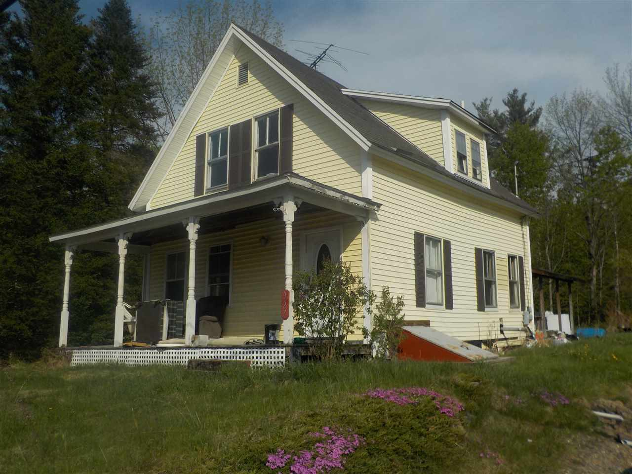 DORCHESTER NH Home for sale $$40,000 | $24 per sq.ft.