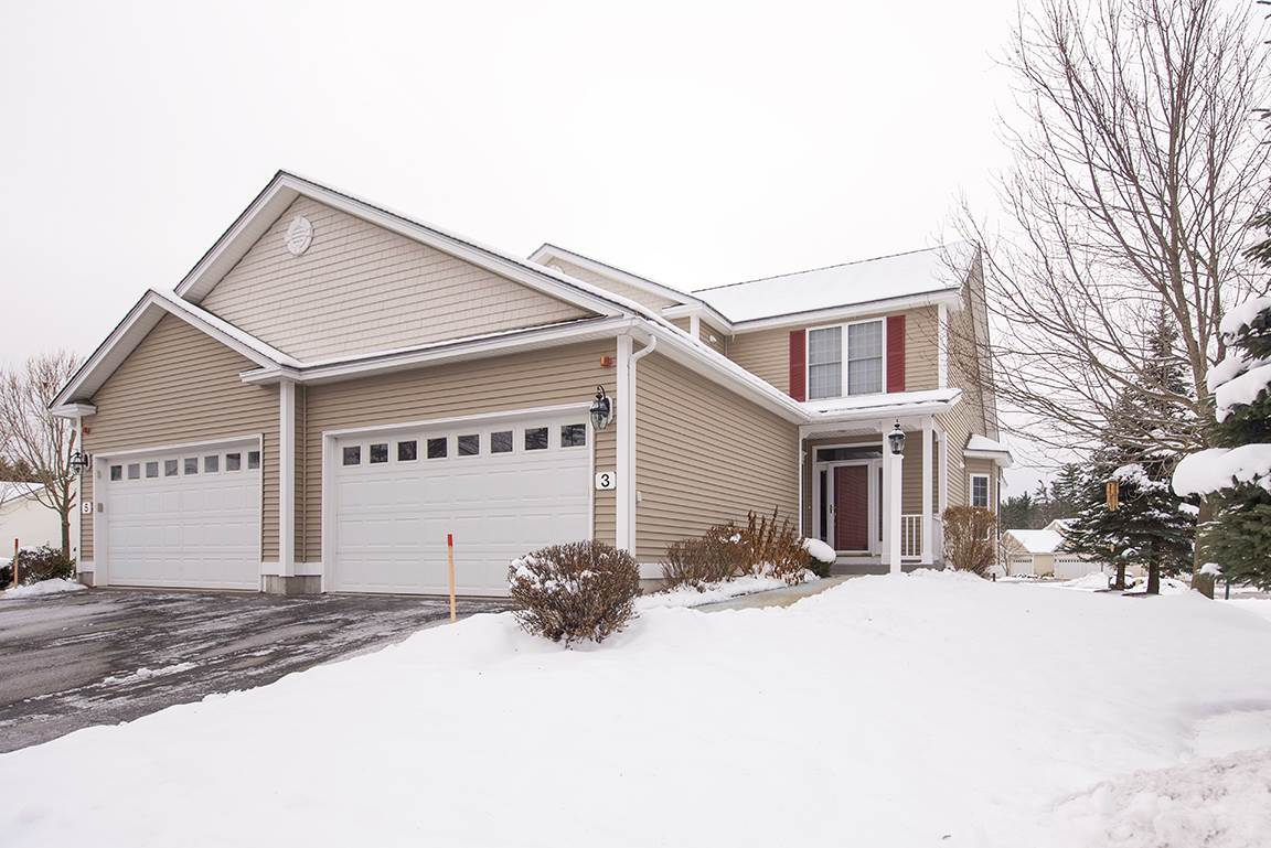 Litchfield NHCondo for sale $List Price is $299,000