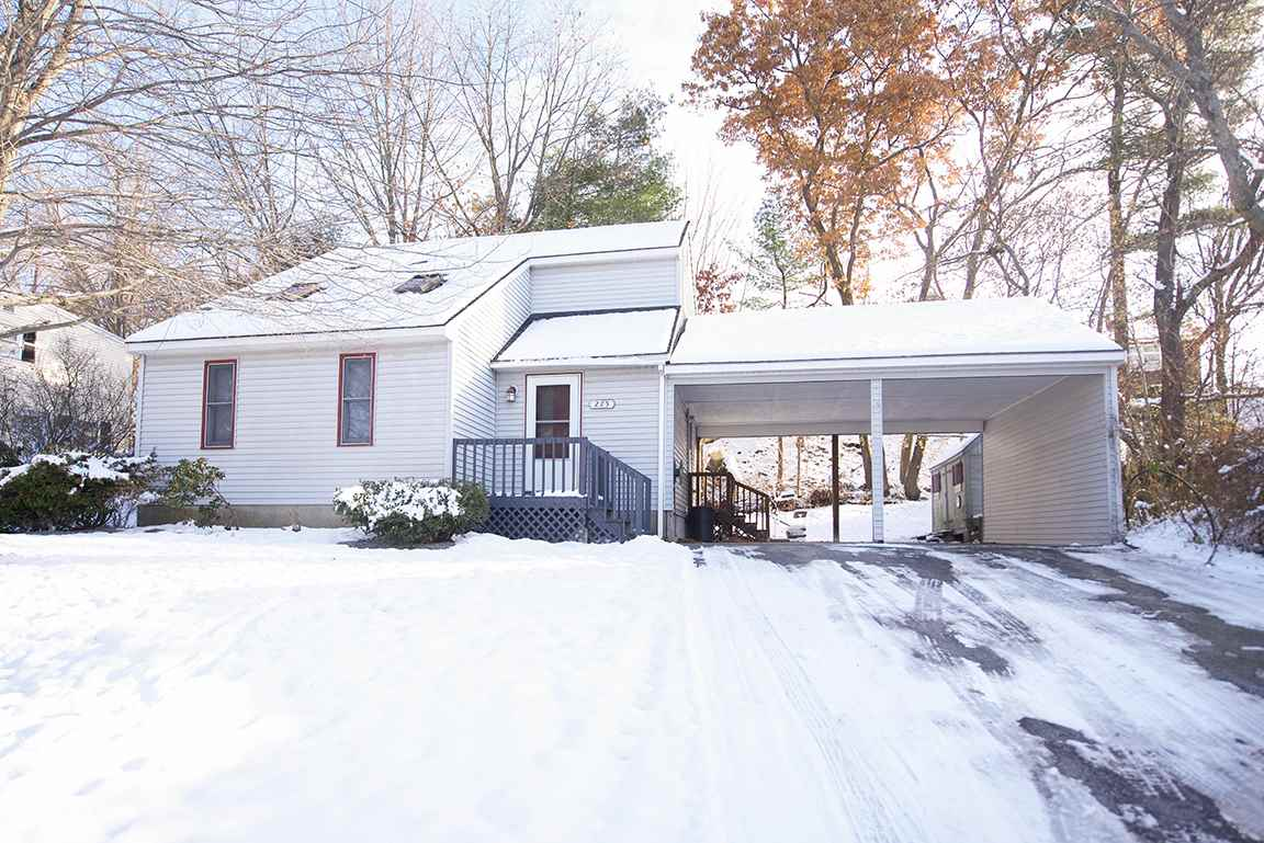 MANCHESTER NH Home for sale $$214,900 | $224 per sq.ft.