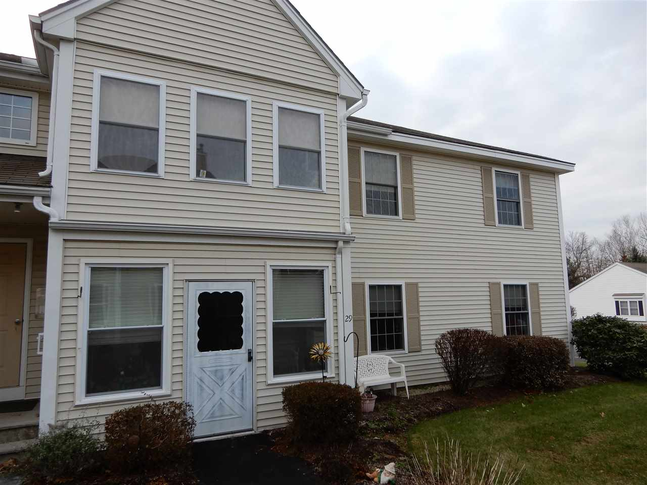 LONDONDERRY NH Condo for rent $Condo For Lease: $1,200 with Lease Term