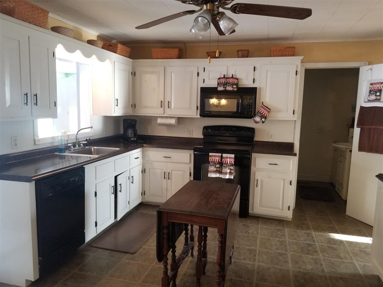 Kitchen 11300838