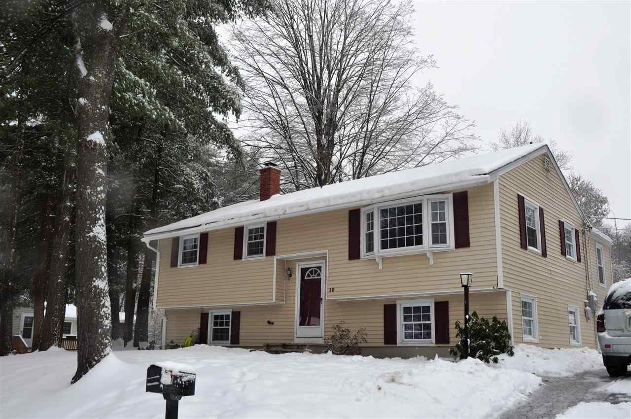 Hooksett NH Home for sale $List Price is $253,000