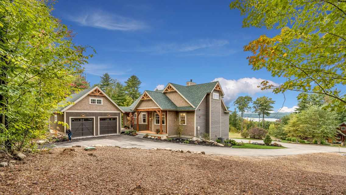 LACONIA NH Home for sale $889,000
