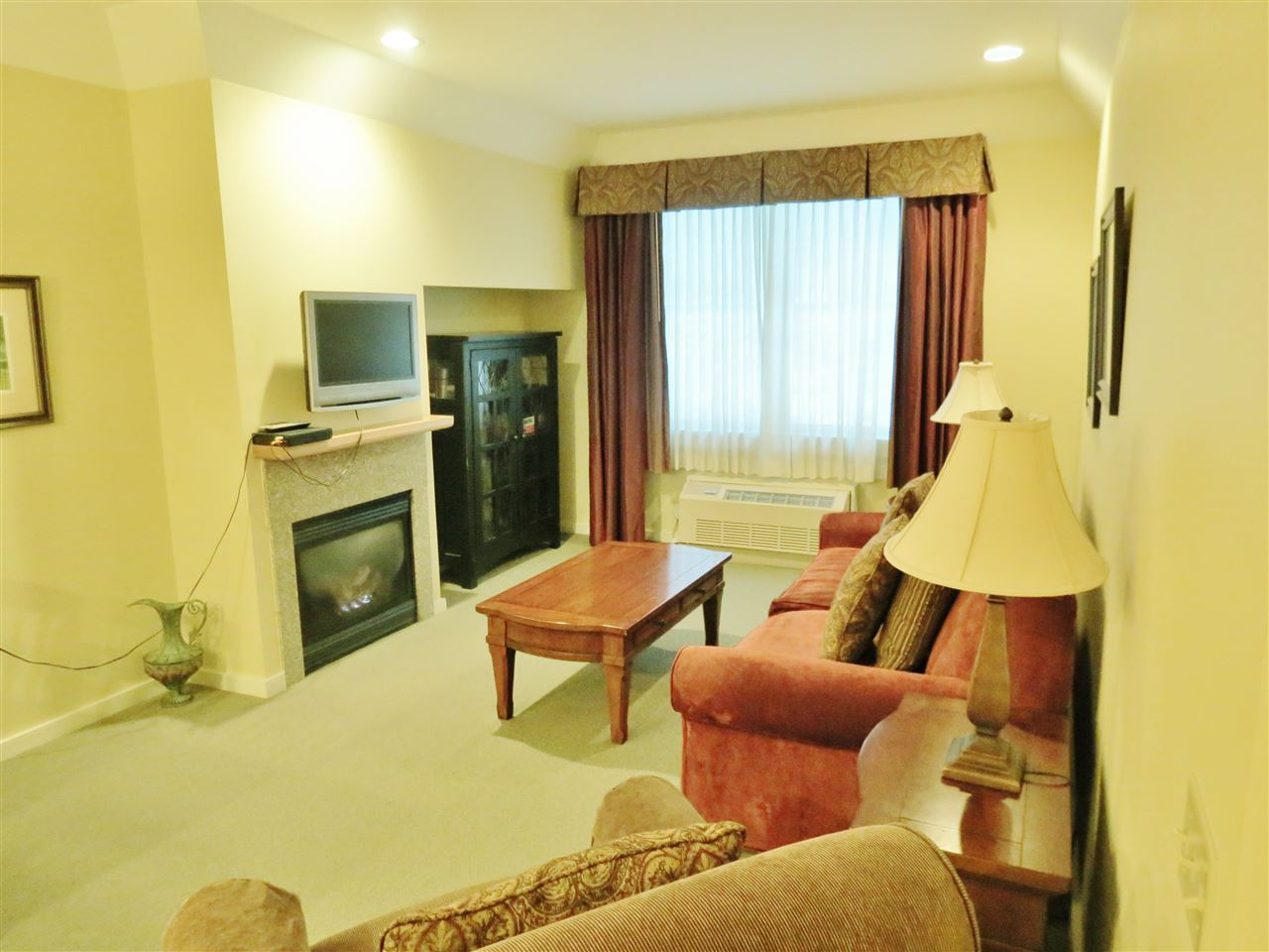 Fully Furnished 11307304