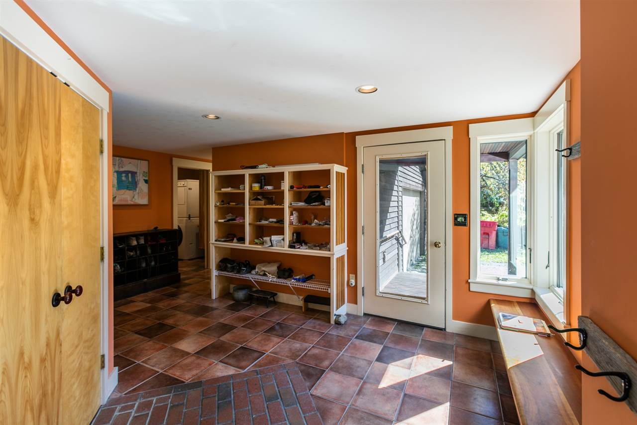 Mudroom/Foyer 11310783