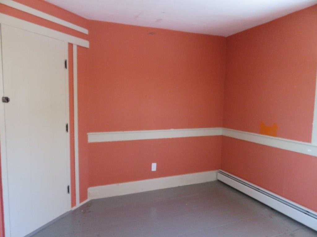 Second Floor Bedroom 11297172