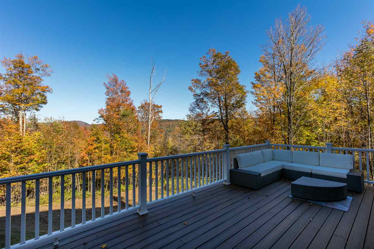 Large deck with propane hookup 11317075