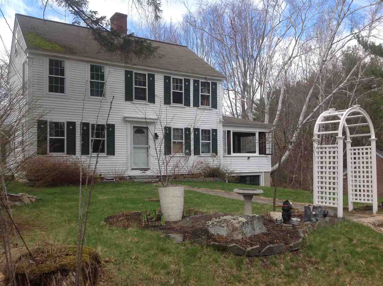 OSSIPEE NH  Home for sale $137,400