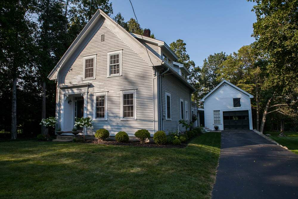 Chester NH Home for sale $List Price is $379,000