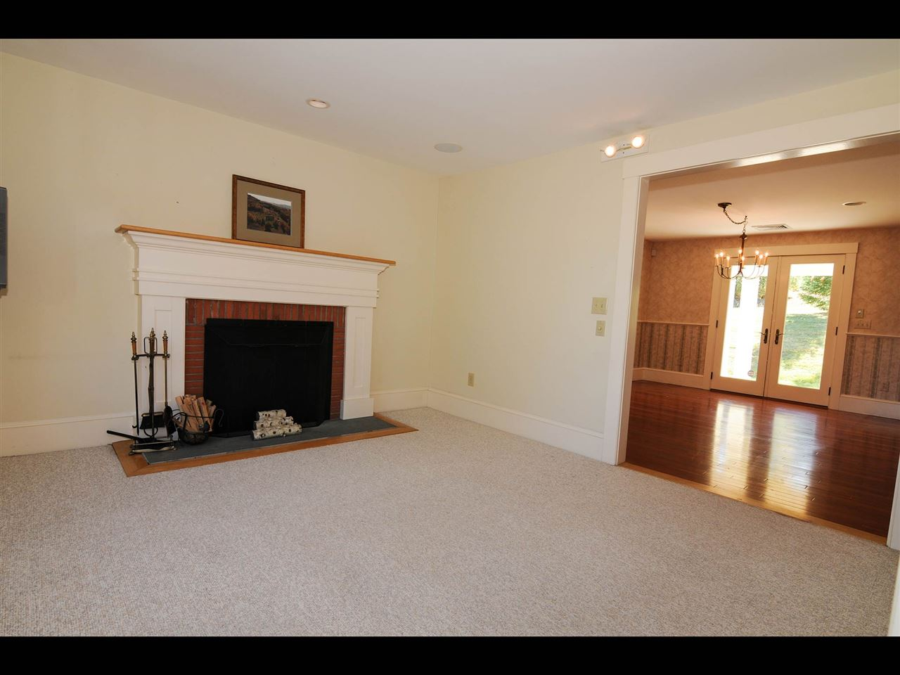 First floor den 11319839