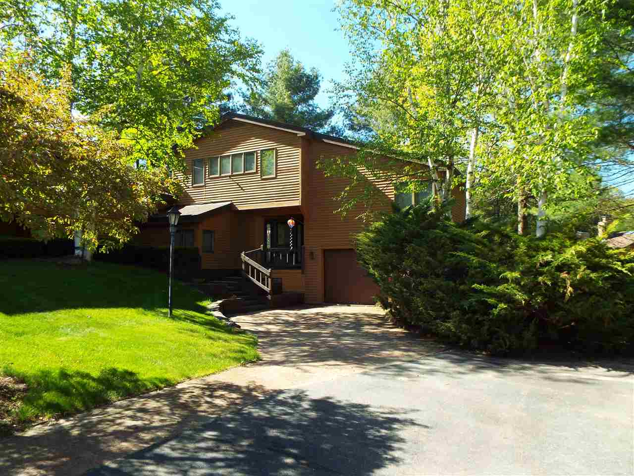 VILLAGE OF QUECHEE IN TOWN OF HARTFORD VTCondo for sale $$459,500 | $201 per sq.ft.