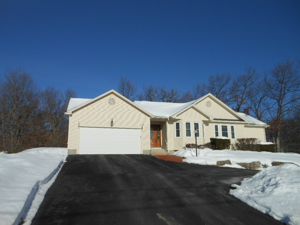 MANCHESTER NHHome for sale $$279,900 | $257 per sq.ft.