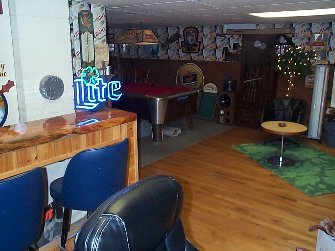 Family room area / Rec . Room 12307037