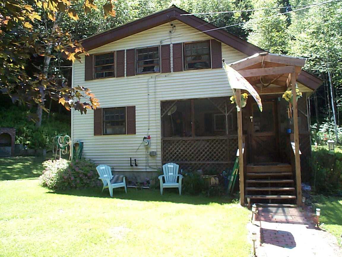 Side Lawn 12307050