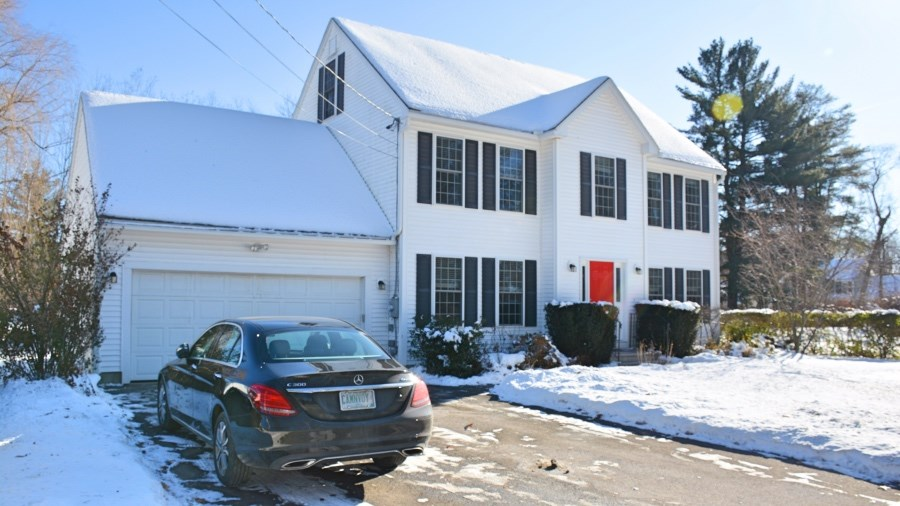 MANCHESTER NH Home for sale $$329,900 | $173 per sq.ft.
